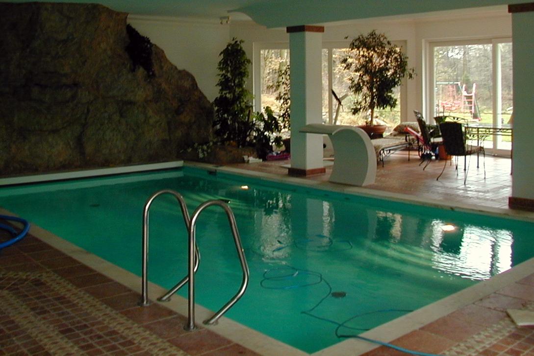 Hallenb der schwimmbad und saunatechnik kraupner gmbh for Schwimmbad folienauskleidung