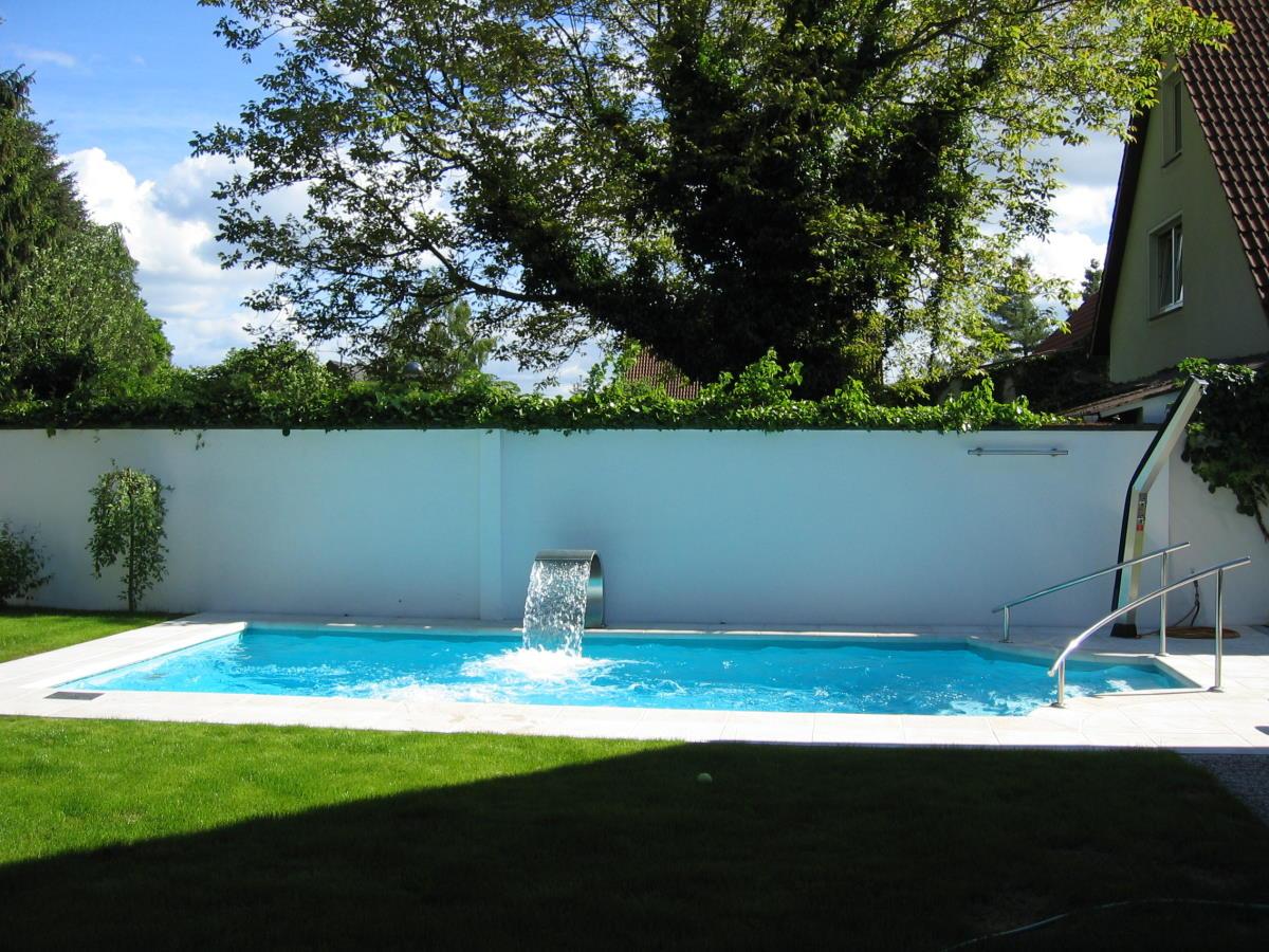 Ber uns schwimmbad und saunatechnik kraupner gmbh for Schwimmbad folienauskleidung
