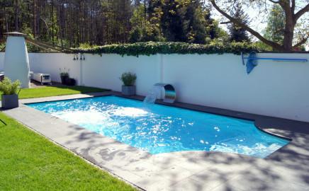 Schwimmbad und saunatechnik kraupner gmbh for Schwimmbad folienauskleidung